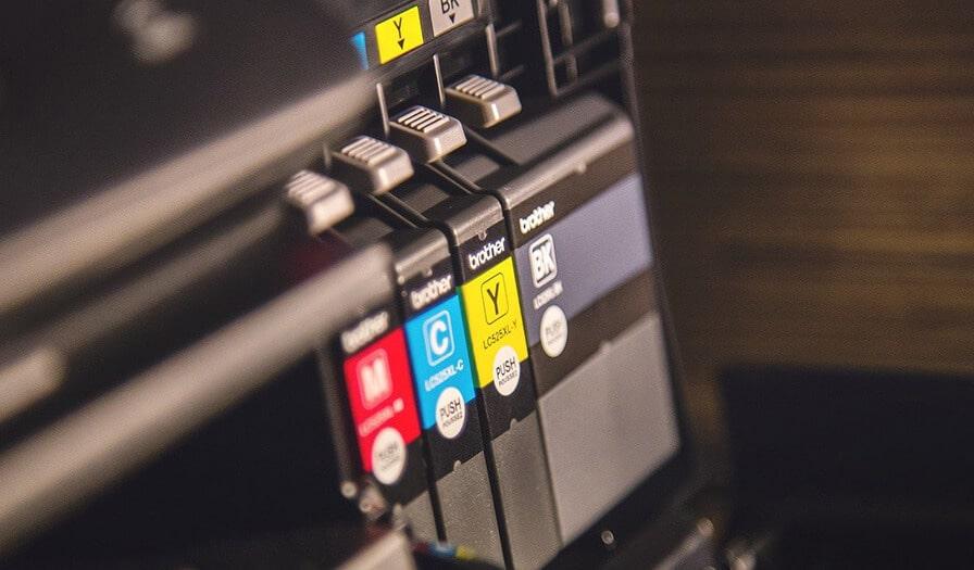Pojemniki na tusz w drukarce
