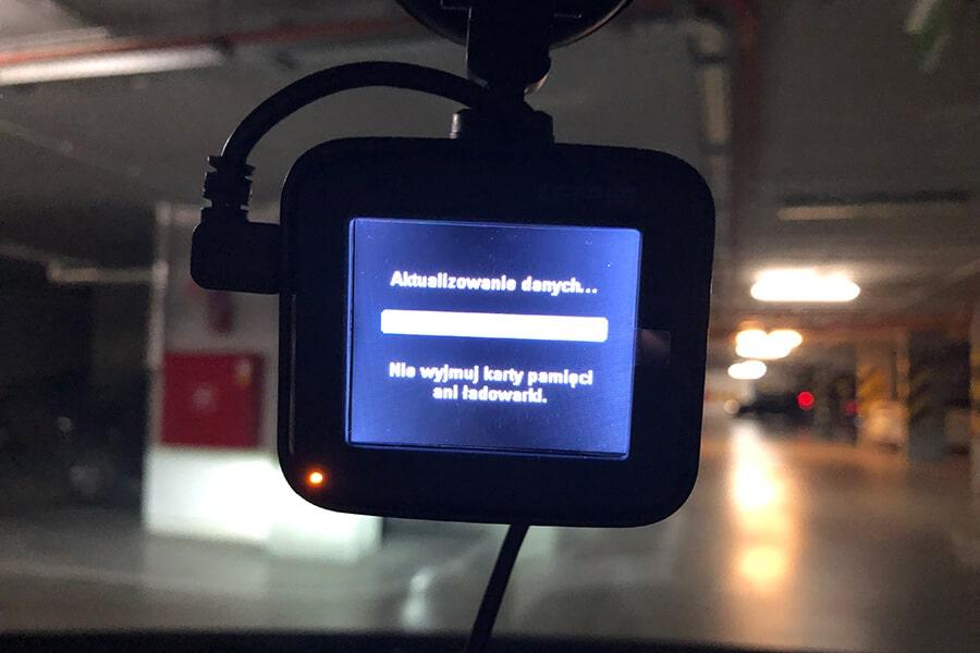 Aktualizowanie bazy fotoradarów w MiVue C570