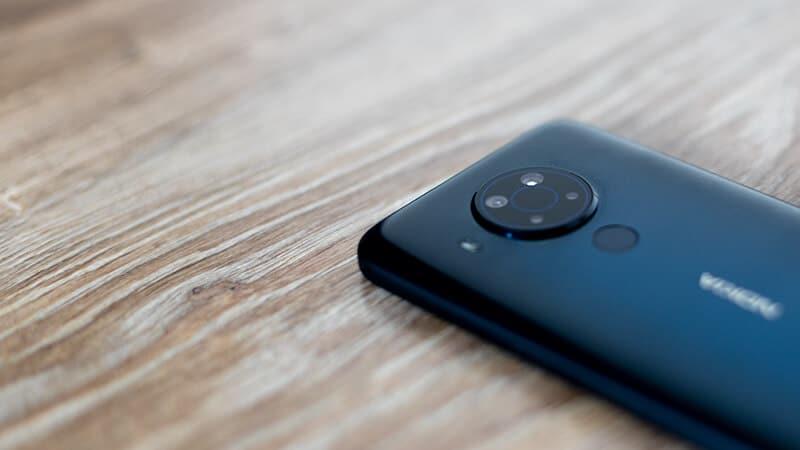 Nokia 5.4 - wysepka z aparatami